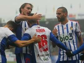 Acorán y parte de la Ponferradina celebran un gol contra el Osasuna. Twitter.