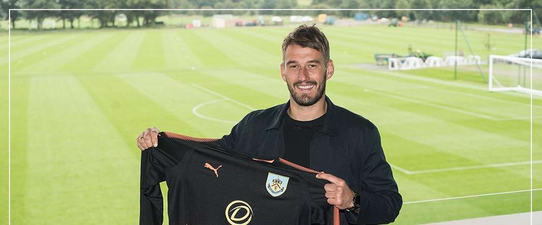 Adam Legzdins has joined Burnley from Championship side Brimingham city. Twitter/BurnleyOfficial