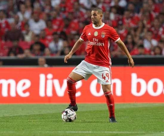 Benfica prêt à se séparer d'Adel Taarabt. SLBenfica