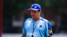 Ingresado el entrenador brasileño Adilson Batista por un infarto. Cruzeiro