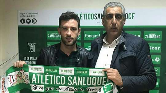 Adrián Gallardo refuerza la delantera del Atlético Sanluqueño. AtleticoSanluqueñoCF