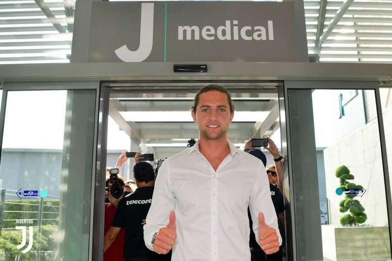 Rabiot alla Juventus. Twitter/JuventusFC