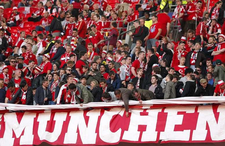 El Bayern quiere a su hinchada apoyando al equipo en la Supercopa contra el Sevilla. EFE