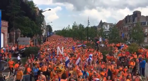Dutch fans have taken over the streets of France for the Women's World Cup. Twitter/oranjevrouwen