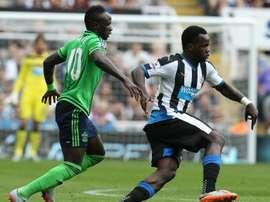 Tioté dejará el Newcastle para poner rumbo a China. AFP