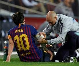 Martín Montoya no cree que el Barça se resienta de la baja de Messi. AFP