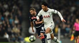 El Tottenham investigará la entrada de aficionados del Estrella Roja. AFP