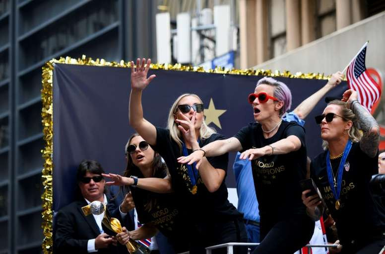 US women's football team: mediation over in equal pay bid