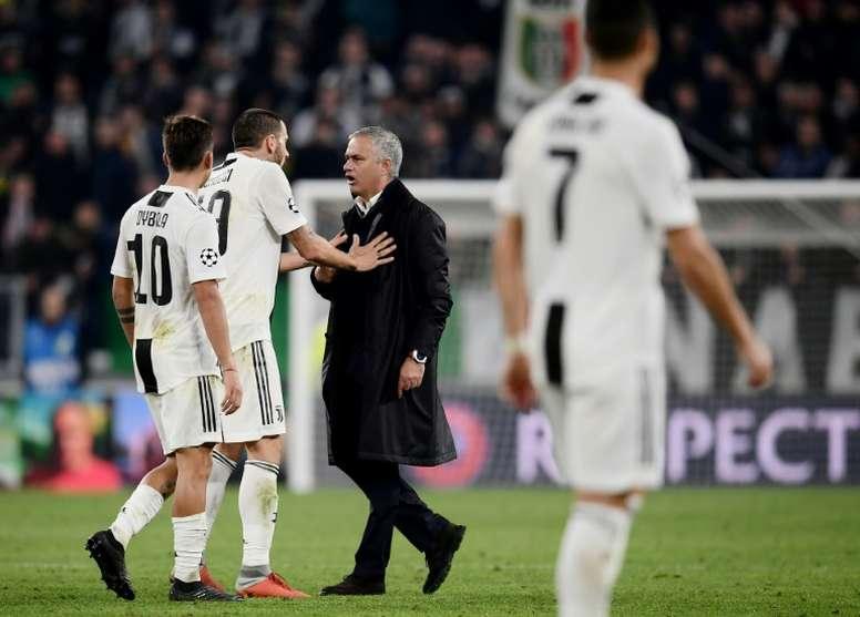 Mourinho a été très critiqué pour son geste. AFP