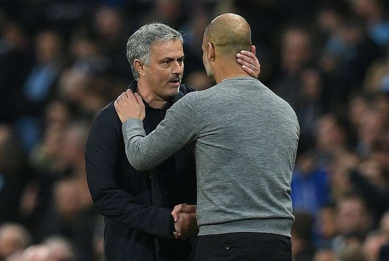 Mourinho habló del entrenador catalán. AFP