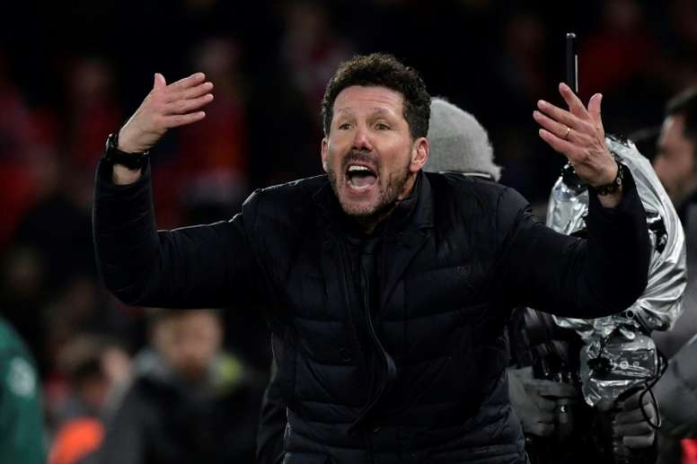 Simeone is disappointed to be without Luis Suarez and Torreira. EFE