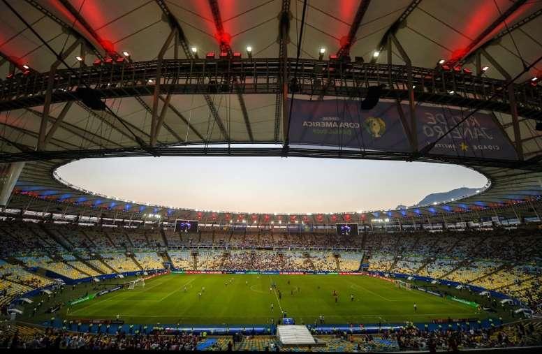 Maracanã foi definido como um dos locais a serem utilizados como hospital no Rio de Janeiro. AFP