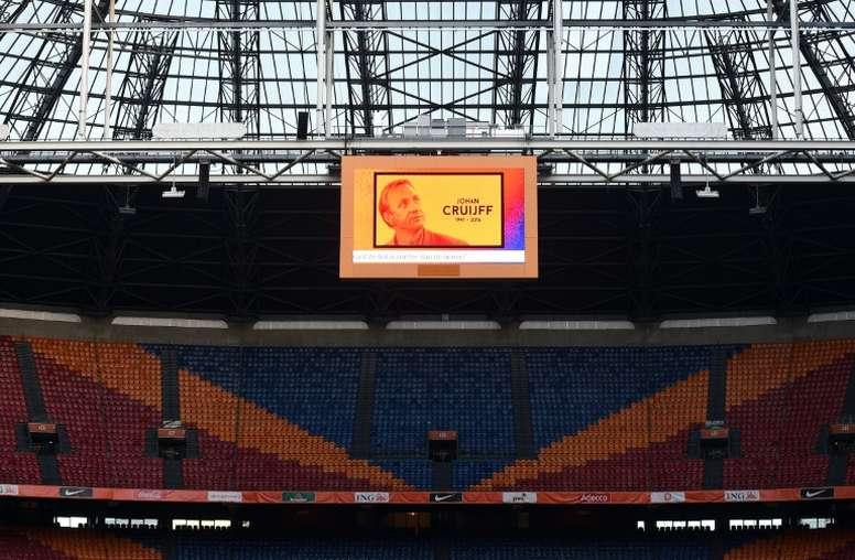 Cruyff rebautizó el estadio. AFP