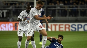 Lyon miss out on top spot after Amiens draw. AFP