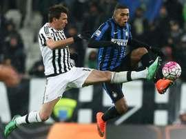 Juan Jesús deja el Inter para jugar en la Roma a partir de la próxima temporada. Archivo/EFE/EPA