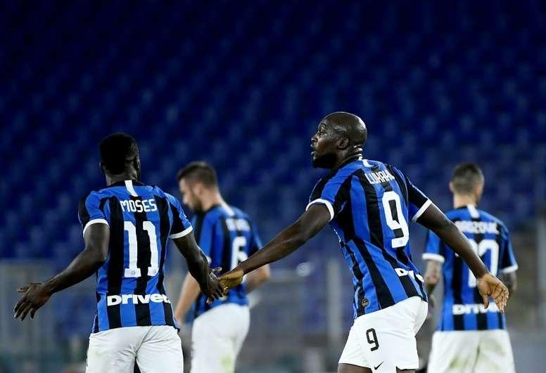 L'Inter supera il Napoli a San Siro. Dugout