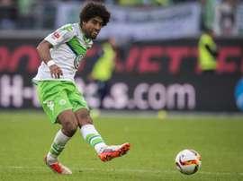 El futbolista del Wolfsburgo podría volver a la Ligue 1. AFP