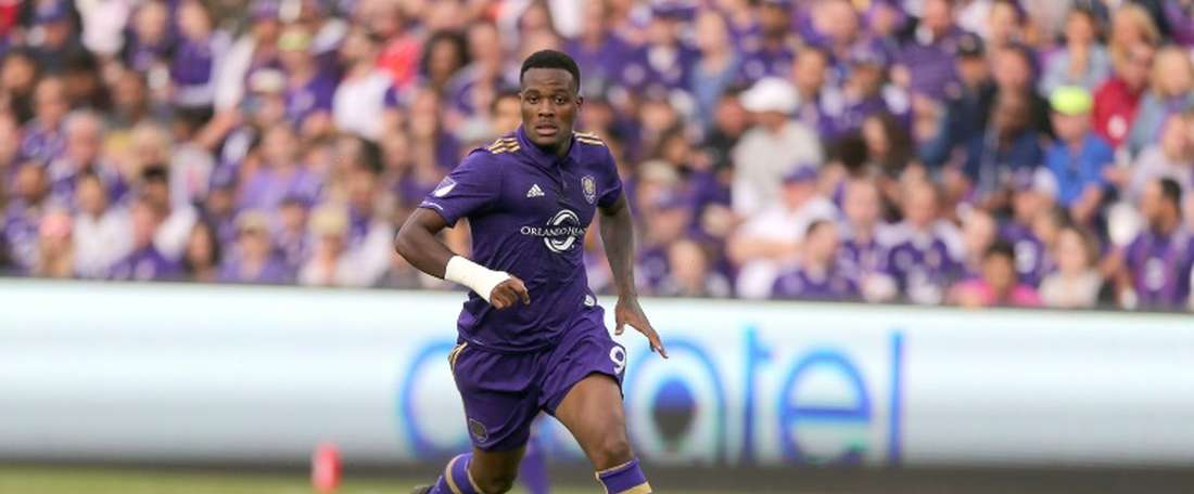 Cyle Larin scored the game-winner in the first minute