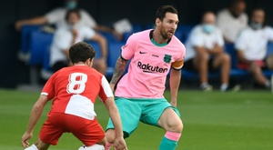 Messi scores twice as Barcelona win friendly