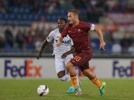 Totti celebró su 40 cumpleaños con dos asistencias ante el Astra. AFP