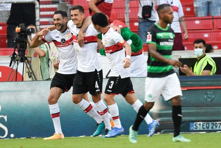 Stuttgart massacra o Greuther Fürth na estreia da Bundesliga. AFP