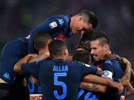 Sexta vitória em seis jogos para o Napoli na liga italiana. AFP