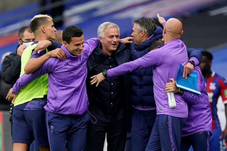 Tottenham Hotspurs celebra um ano de José Mourinho como treinador do clube. AFP