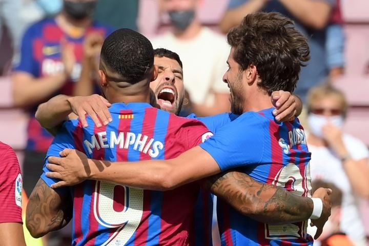 Memphis Depay got the winner as Barca beat Getafe 2-1. AFP