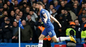 Giroud, Alonso back in favour as Chelsea sink Spurs. AFP