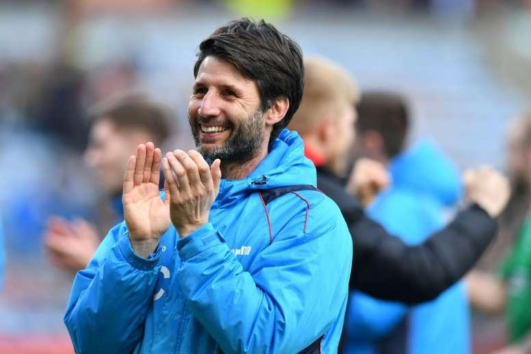 El Sheffield Wednesday ya negocia con Danny Cowley. AFP
