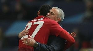 Fellaini deixou vários elogios a José Mourinho. AFP