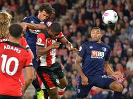 Bournemouth up to third after sinking Saints