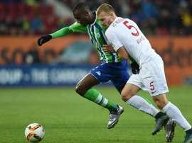 Guilavogui seguirá en el Wolfsburgo hasta 2019. AFP