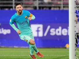 Lionel Messi célèbre son but contre Eibar au stade Ipurua. AFP