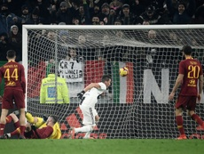 Mandzukic on target as Juventus pile misery on Roma. Goal