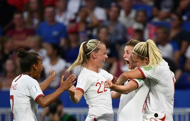 El Inglaterra-Alemania femenino congregó en Wembley... ¡a 77.768 espectadores! AFP