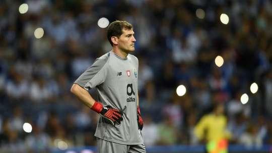Casillas quiere retirarse en el Oporto. AFP