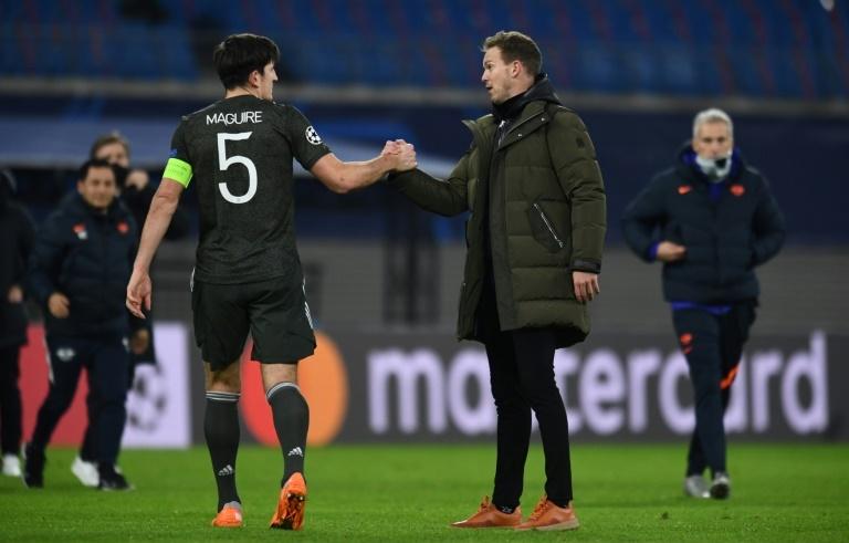 Tottenham's Mourinho praises Kane, Son following Arsenal triumph