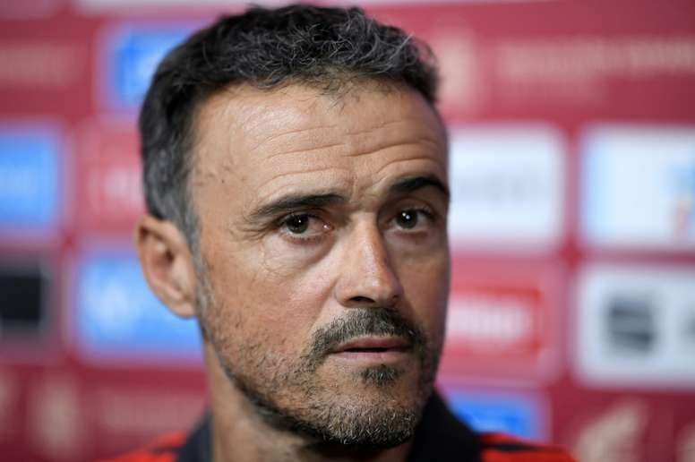 Luis Enrique did not want to carry the public spat with Robert Moreno. EFE