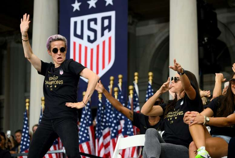 US Women's World Cup champs certified as class in lawsuit. AFP