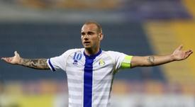 Sneijder anuncia a sua aposentadoria. AFP