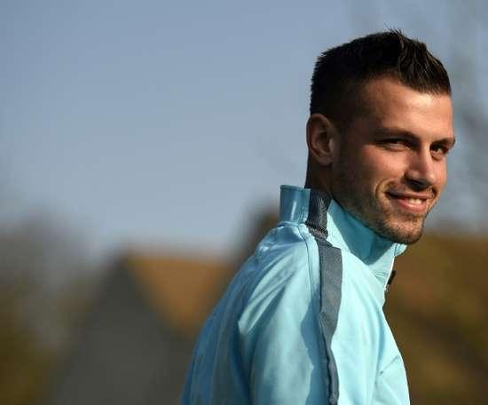 Everton midfielder Morgan Schneiderlin played against West Ham following his father's death. AFP