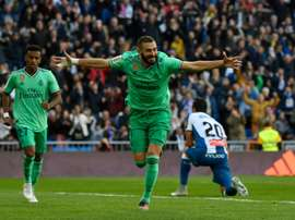 Benzema looks to put Messi in Clasico shade