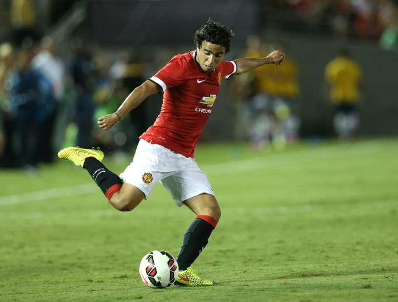 Manchester Uniteds Rafael is joining Lyon after the two clubs reached a deal over the Brazilian right-back, the French side announced