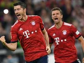 Kovac félicite ses joueurs. AFP
