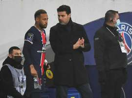 Pochettino starts to make mark as PSG eye top spot