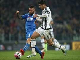 El Torino sigue sin olvidarse de Lorenzo Tonelli. AFP