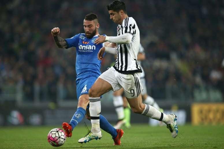 Lorenzo Tonelli suena como el próximo refuerzo del Torino. AFP/Archivo