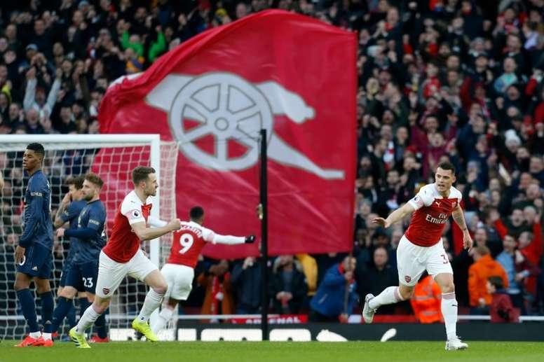 O Arsenal recebeu e venceu o Manchester United. AFP