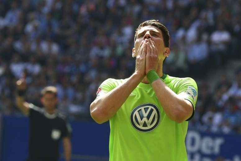 Mario Gómez amplía su contrato con el Wolfsburgo. AFP